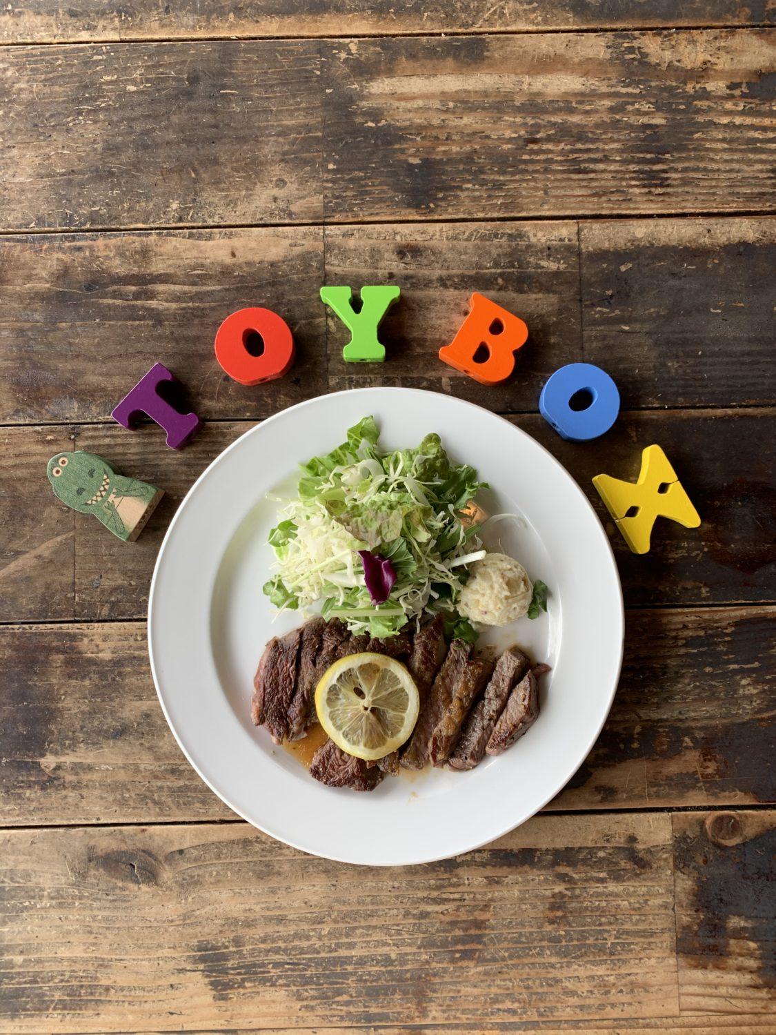 Cafe&Restaurant TOYBOX